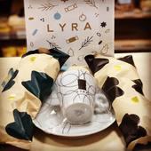Tak a teraz niečo pre milovníkov horúcej čokolády 🍫🍮☕️  Extra porcia 1,5kg mliečnej, horkej a bielej čokolady s praktickou šálkou 👍☝️určite poteší 🎁  #lyrachocolate #horucacokolada #vianoce #darceky #obchodbio