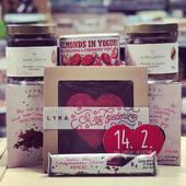 Aj takéto dobrotky sa dajú vybrať z našej ponuky 😉🍫 nezabudnite čas sa blíži ☝️❤️🥰  #valentine #cokolada #obchodbio