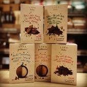 Neuveriteľná chuť čokoládových guliček s plnkou z manga kokosu maliny slaného karamelu ... alebo kúsky horkej, mliečnej alebo bielej čokolády s malinami mätou karamelom ... 🍫☝️👍  #lyra #gulliver #obchodbio